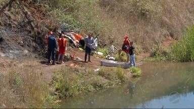 Corpo de idoso é encontrado em pedreira desativada de Dourados - Cadáver do homem de 61 anos foi encontrado por mergulhadores do Corpo de Bombeiros.