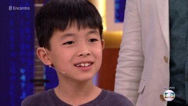 Ryuju, de 9 anos, faz contas complexas em segundos - Ele é chamado pelos amigos de 'o rei da matemática'