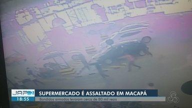 Vídeo mostra momento em que 5 homens armados assaltam supermercado em Macapá - Um policial civil foi baleado. Assalto foi na tarde desta quarta-feira (12), na Zona Central. Grupo estava em um carro preto e conseguiu fugir.