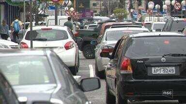 Balneário Camboriú suspende licitação para implementação do estacionamento rotativo - Balneário Camboriú suspende licitação para implementação do estacionamento rotativo