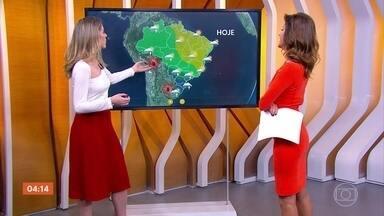 Previsão é de chuva forte em toda a região Sul nesta sexta-feira (14) - A chuva está prevista para o centro-sul do país. Veja como fica o tempo em outras regiões.