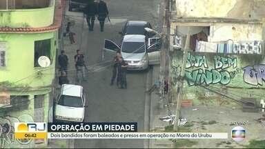Dois bandidos são presos em operação no Morro do Urubu - Os criminosos foram baleados durante uma troca de tiros e encaminhados para o Hospital Municipal Salgado Filho.