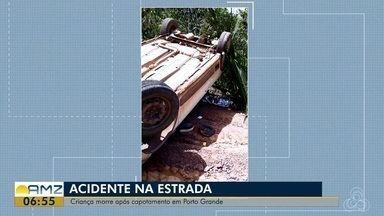 Menina de 10 anos morre após picape capotar em estrada no AP - Acidente ocorreu na manhã desta quinta-feira (13) no ramal do Assentamento Nova Colina, próximo da cidade de Porto Grande. Veículo transportava 8 pessoas e capotou em uma ladeira