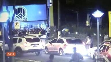 Câmeras de segurança flagram assassinato em Porto Alegre (RS) - Em Porto Alegre, duas pessoas foram assassinadas, neste domingo, num intervalo de meia hora.