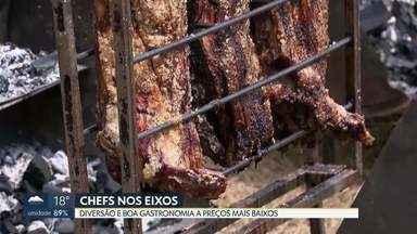 Domingo de Chefs nos Eixos no Eixão Sul - Evento que já se tornou tradicional na cidade reúne diversão e boa gastronomia a preços acessíveis. Uma tonelada de costela foi assada no gramado da pista que é fechada aos domingos.