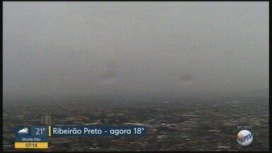 Confira a previsão do tempo para esta segunda-feira (17) em Ribeirão Preto - Há possibilidade de pancadas de chuva durante todo o dia.