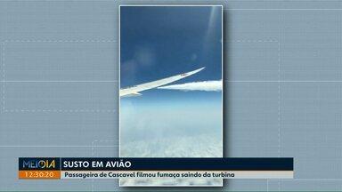Moradora de Cascavel filma fumaça saindo da turbina de avião - Passageira voltava da Espanha e disse que o piloto precisou liberar parte do combustível porque havia risco de explosão.