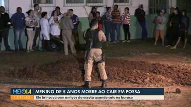 Menino de 5 anos morre ao cair em fossa - De acordo com a família, ele brincava com amigos quando caiu no buraco