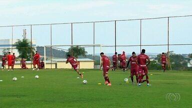 Vila Nova embarca para enfrentar o líder Fortaleza no Castelão - Tigre tem desfalque no gol, na defesa e no meio-campo