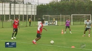 Com defesa em boa fase, Ponte Preta quer acabar com jejum de gols na série B do Brasileiro - Macaca só marcou um gol nos últimos seis jogos.