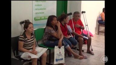 Médicos do Hospital de Floriano paralisam atividades - Médicos do Hospital de Floriano paralisam atividades