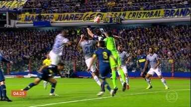 Palmeiras vence o Colo-Colo por 2 a 0 - Confira os comentários de Cléber Machado e os gols da partida.
