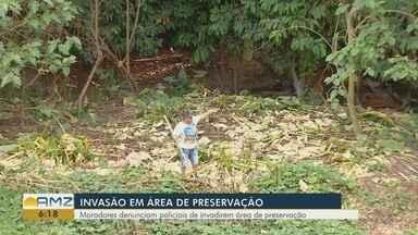 Moradores da Zona Norte de Manaus denunciam invasão de área de preservação - Segundo eles, invasão está sendo feita por supostos policiais.