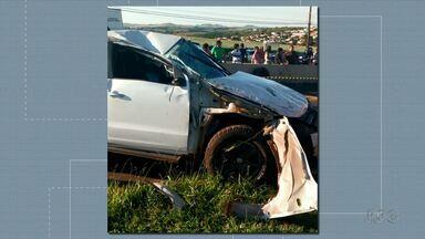 Fim de semana violento nas estradas do Paraná - No sábado (22), o motorista de uma camionete morreu na BR-369 em Ibiporã.