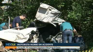 Acidente deixa um morto e um ferido no sudoeste - De acordo com a polícia um dos veículos perdeu o controle da direção e bateu em cheio contra outro carro.