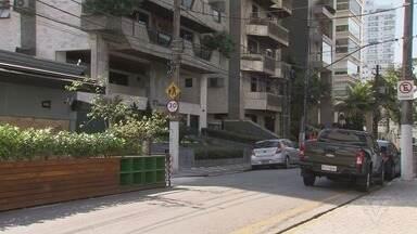 Quadrilha simula entrega e invade prédio de luxo em Santos - Criminosos conseguiram invadir apartamentos e fugiram com R$ 30 mil.