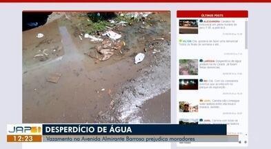 Tô na Rede: vazamento de água no bairro Santa Rita, no AP - Internauta registra pelo aplicativo da Rede Amazônica, relatando o desperdício de água tratada