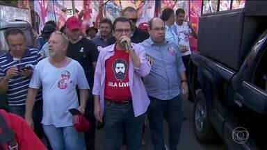 Luiz Marinho faz campanha em Osasco - Luiz Marinho, candidato do PT, esteve em Osasco.