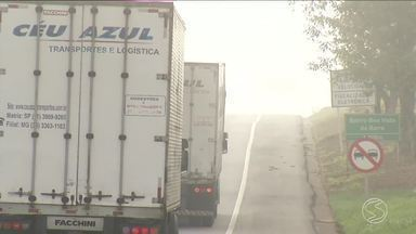 RJTV mostra como mudanças climáticas afetam vida dos motoristas - Quem precisa pegar a estrada, deve ficar atento para evitar acidentes.
