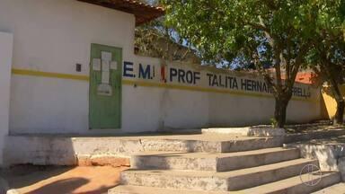 Professora agredida por mãe de aluna em Cabo Frio, RJ, está afastada do cargo - Assista a seguir.