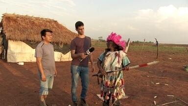 Profissão Repórter registra conflitos e problemas em duas áreas indígenas - Mayara Teixeira foi a Tabatinga, no Amazonas. Julio Molica viajou a Dourados, no Mato Grosso do Sul.