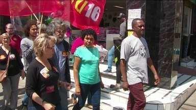 Candidato do PSTU, Vera Lúcia, faz campanha no Rio Grande do Sul - Jornal Nacional mostra como foram as atividades de campanha de candidatos à presidência nesta sexta-feira (28).