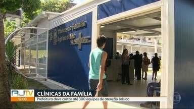 Prefeitura deve remanejar R$400 milhões de clínicas da família para hospitais - Prefeitura diz que equipes de atenção à família estão superdimensiondas e que crise na saúde vai acabar com a medida.