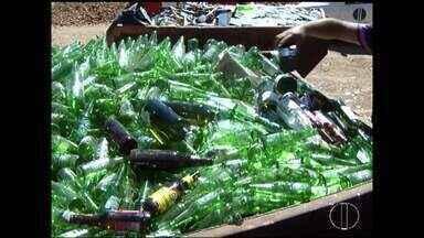 Alguns condomínios de Montes Claros fazem coleta seletiva de lixo - Na cidade ainda não tem serviço de coleta seletiva.