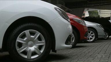 Entenda porque muitos carros vendidos estão se acumulando nas concessionárias - Bancos não concordam com mudanças feitas pelo Detran