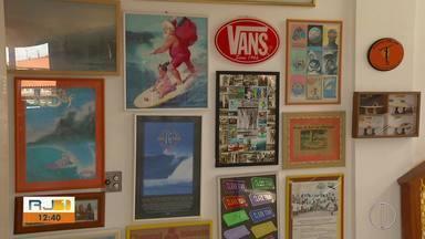 Museu do Surfe, em Cabo Frio, RJ, passa por catalogação - Assista a seguir.