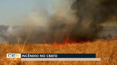 Bombeiros já controlaram incêndios em vegetação no Crato - Saiba mais em g1.com.br/ce