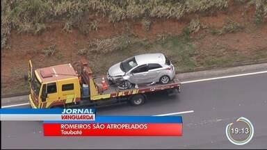 Dois romeiros foram atropelados em Taubaté - Carro desgovernado atropelou as vítimas.