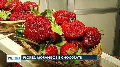 Festas dos morangos, flores e chocolates começam em Nova Friburgo, no RJ - Assista a seguir.