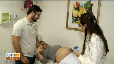 Homens devem participar do pré-natal durante a gravidez da mulher - É importante que a mulher não vá sozinha às consultas.