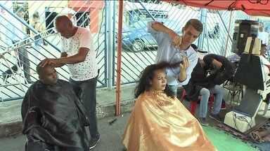 Pequenos gestos de solidariedade ajudam quem procura trabalho na Bahia - Pequenos gestos de solidariedade ajudam quem procura trabalho na Bahia.
