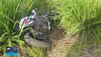 Motociclista de 40 anos morre em acidente na BR-146, em Passos (MG) - Motociclista de 40 anos morre em acidente na BR-146, em Passos (MG)