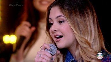Klara Castanho canta 'Ao Vivo e a Cores' - Artista é elogiada pela interpretação