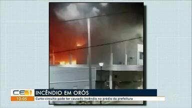 Curto-circuito pode ter causado incêndio a prédio público, em Óros - Saiba mais em g1.com.br/ce