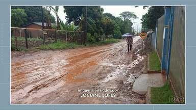Moradores da Vila Guarujá em Campo Mourão reclamam da lama no bairro - A reivindicação pelo asfalto é antiga.