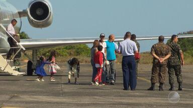Bahia recebe 30 imigrantes venezuelanos, no processo de interiorização dos refugiados - Cinco ficam em Salvador e os demais vão para Alagoinhas. Todos estão com empregos garantidos.