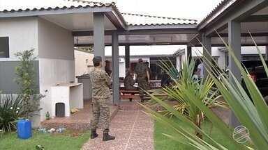 Dois brasileiros são presos suspeitos de envolvimento na onda de execuções - Segundo a polícia paraguaia, foram 12 pessoas assassinadas na fronteira do Brasil com Paraguai em 7 dias.