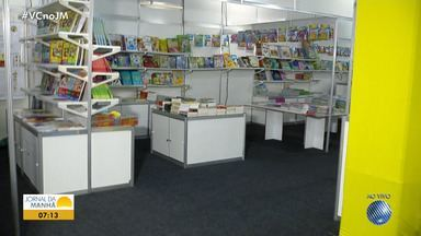 Feira do livro infantil é realizado em shopping de Salvador - O evento conta com saraus, oficinas, conversa com autores e mais; confira.