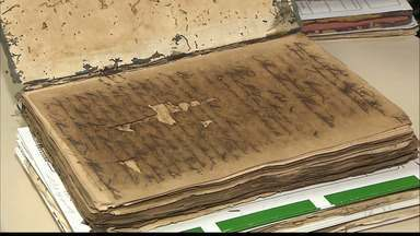 Documentos antigos são encontrados na Câmara de João Pessoa - Documentos contém curiosidades sobre a história do país.