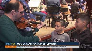Música clássica para estudantes - Projeto leva alunos da rede pública para ensaio de orquestra.