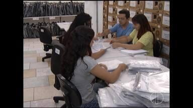 Cartórios se movimentam durante fim de semana para funcionamento do processo eleitoral - Eleitores de Minas elegem novo governador e presidente.