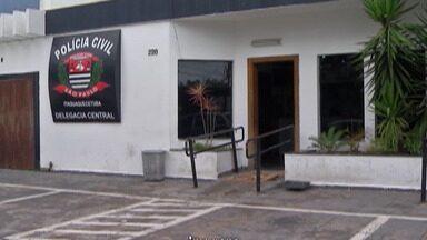 Suspeitos de cometer assaltos em Itaquaquecetuba vão responder por roubo qualificado - Grupo estava com dois carros roubados e também é acusado de ter assaltado comércios.