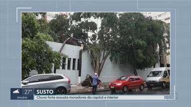 Chuva forte causa estragos em Belo Horizonte e cidades do interior - Telhados foram arrancados e várias árvores caíram.