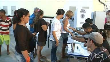 Eleitores participam de votação para 2º turno em São Luís - Eleitores na capital foram as urnas no domingo (28) para escolher o seu presidente para os próximos quatro anos.
