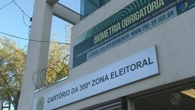 Segundo turno tem uma denúncia de crime eleitoral na região - A votação em Bauru, Marília e Botucatu foi tranquila durante todo o dia. Houve apenas troca de urnas que apresentaram problemas. Em Bocaina uma suspeita de crime eleitoral vai ser investigada.