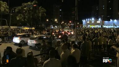 Jair Bolsonaro (PSL) é eleito com mais de 80% dos votos válidos em Londrina - Cientista político analisa a disputa eleitoral e as perspectivas para o futuro presidente.